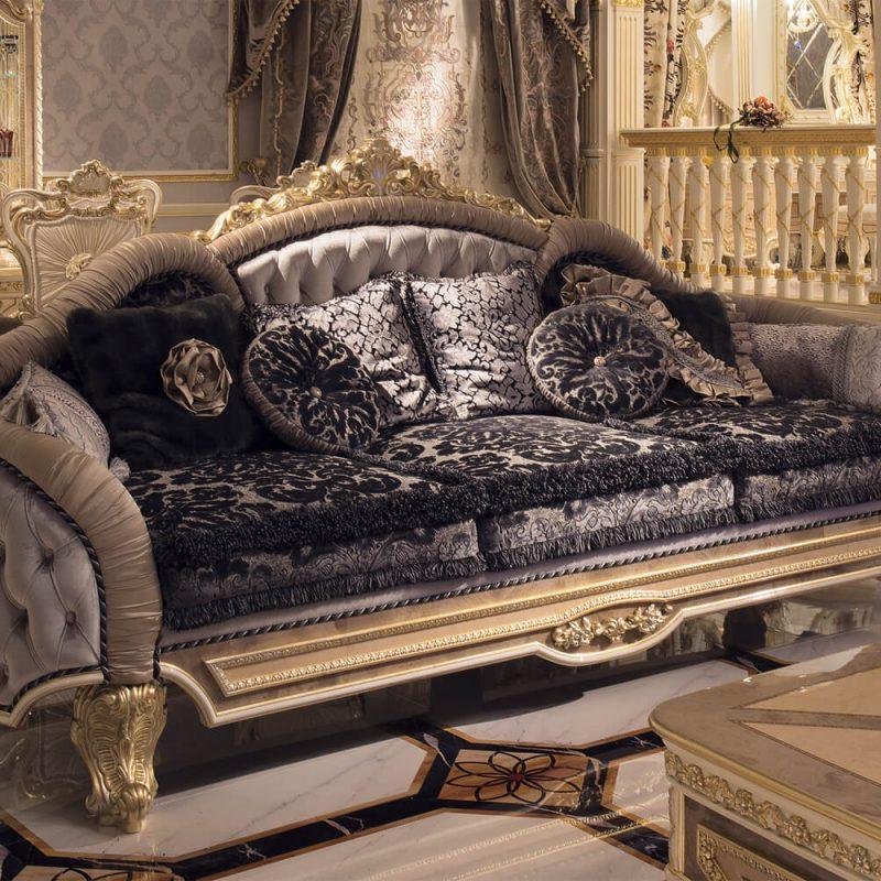 Grand Royale sitting